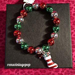 Mettallic red & Green Stocking bracelet